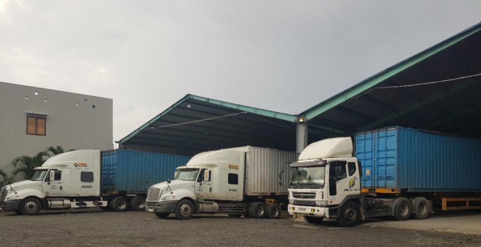 Hoạt động vận chuyển hàng hóa toàn quốc